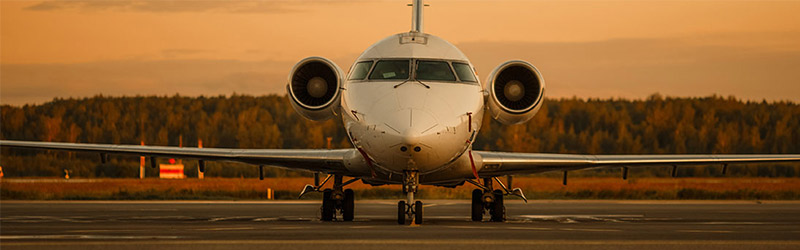 El overbooking es una práctica comercial legal que se produce cuando la aerolínea vende más plazas de las que tiene.