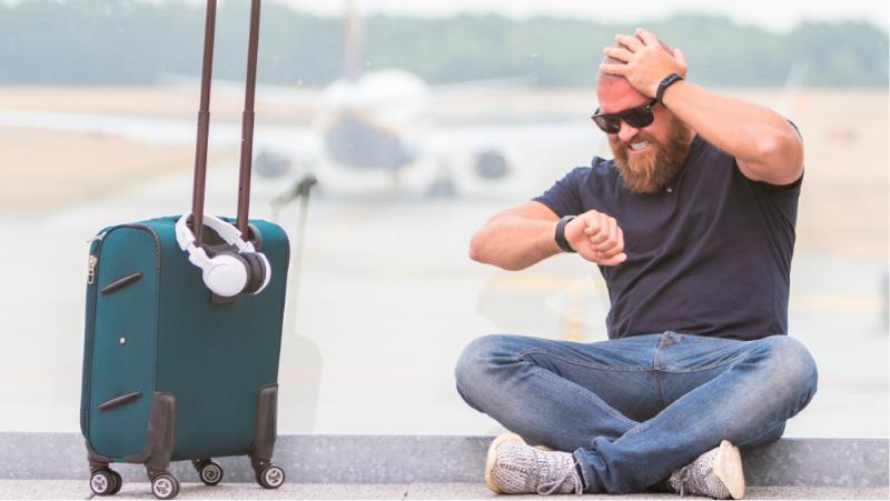 Como afecta el retraso de vuelo a los clientes