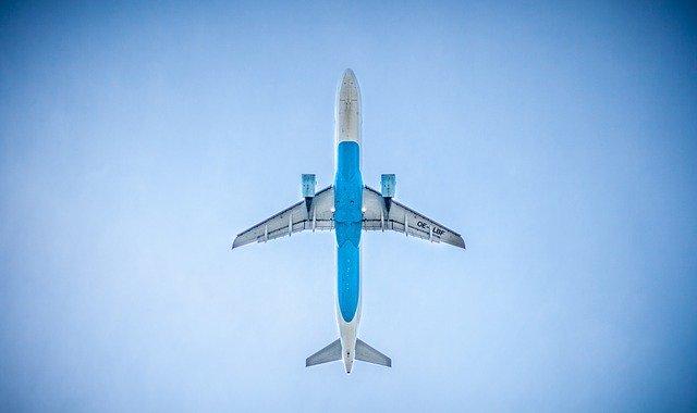 Derechos para usuarios en overbooking en un vuelo
