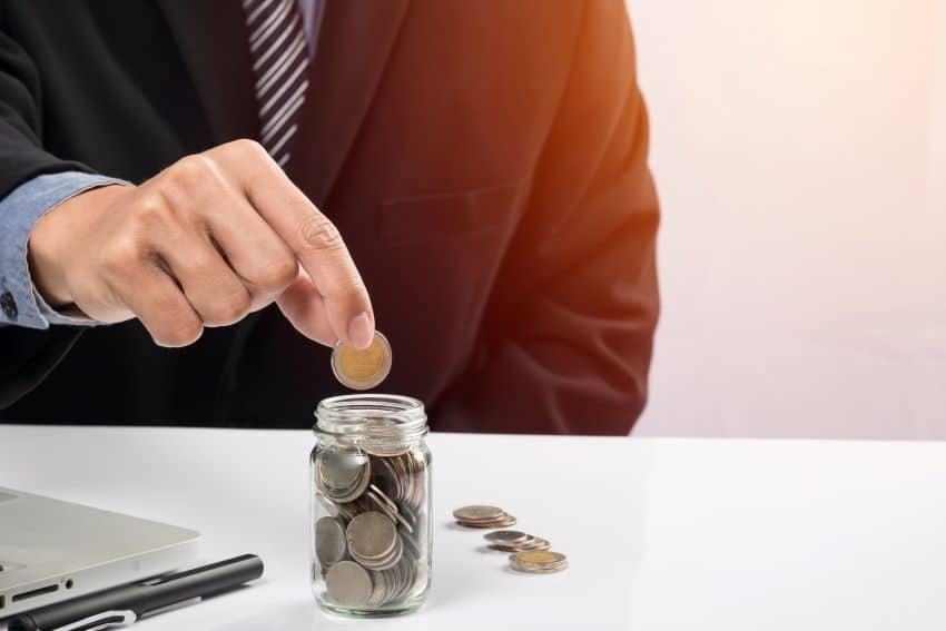 comision de reclamacion de saldo deudor